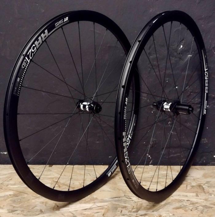 "DT Swiss RR521 DT Swiss 350 StraightPull Pillar Road Endurance Lightweight Aluminum Bicycle Wheels 28"" on Order"