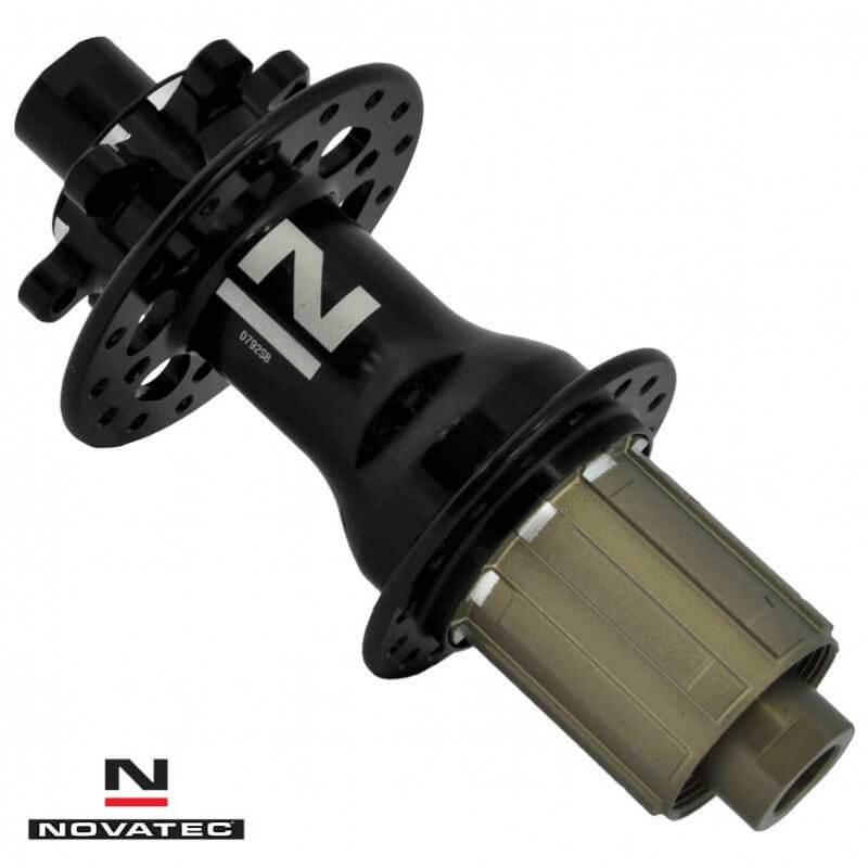 Tylna Piasta Novatec NT-D792SB X12-DB-4SB-SH11s-28H czarna w kole do roweru gravel DT Swiss G540 Novatec 791/792 Pillar