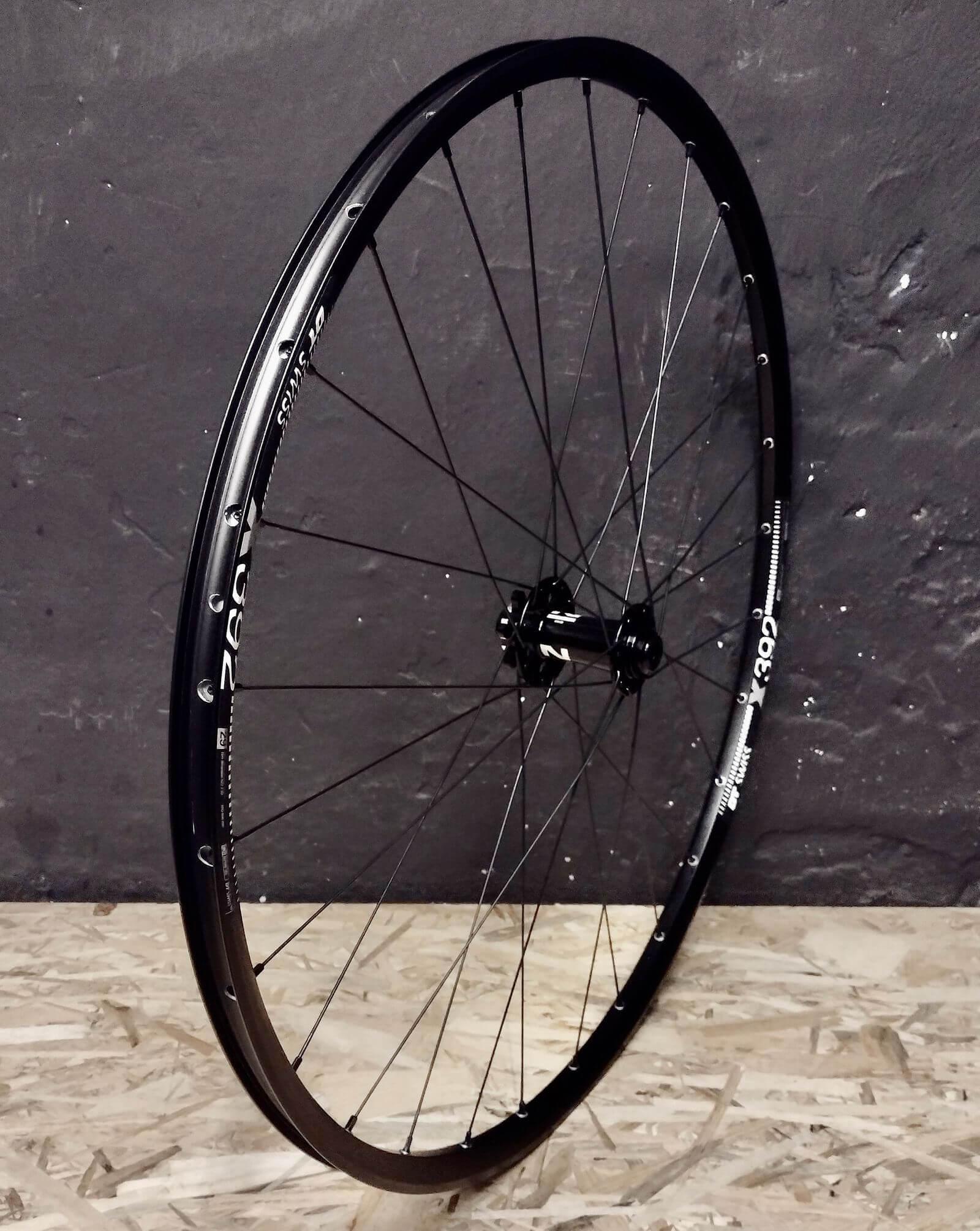 DT Swiss X392 Novatec 791/792 Pillar Przednie aluminiowe koło MTB 29 cali / 700C - lekkie koło do roweru MTB i Gravel