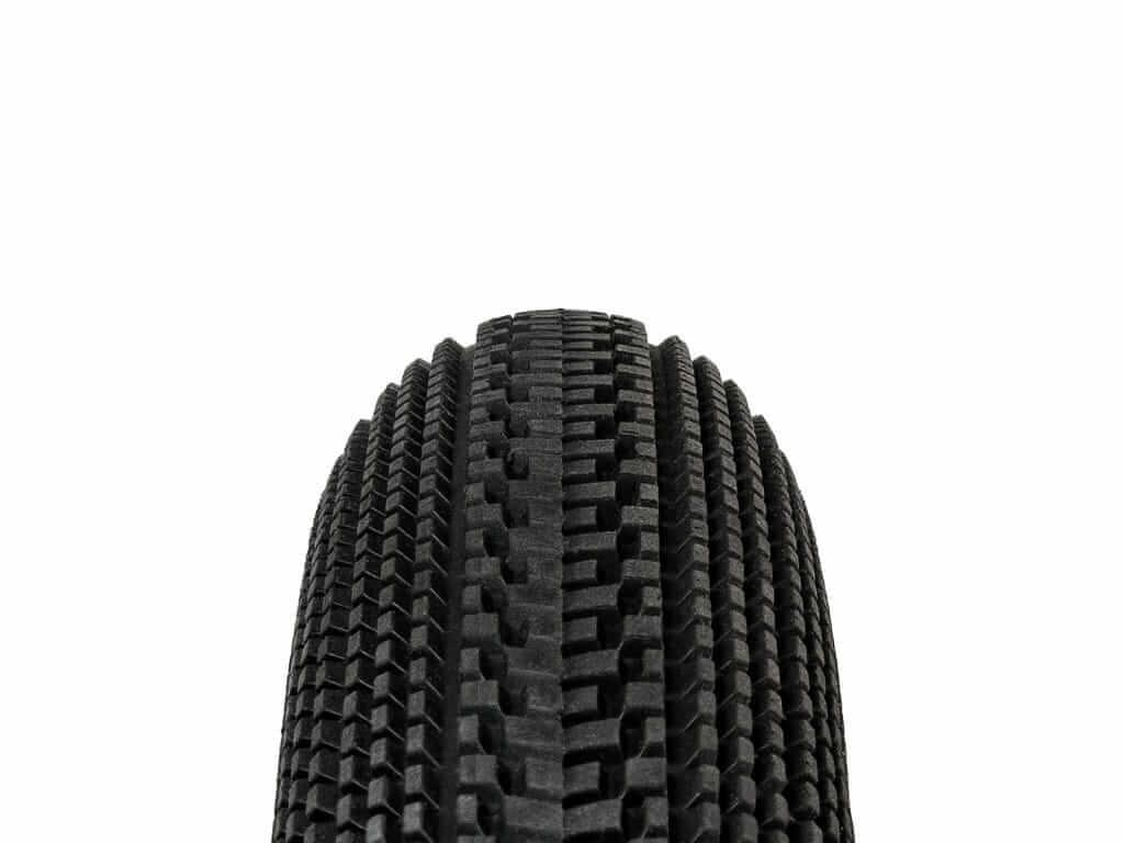 """Bieżnik w Oponie TUFO Gravel Speedero 40-622 700x40C Opona Gravel 28"""" Bezdętkowa Tubeless Czarna Beżowa 430 gramów Brązowa"""