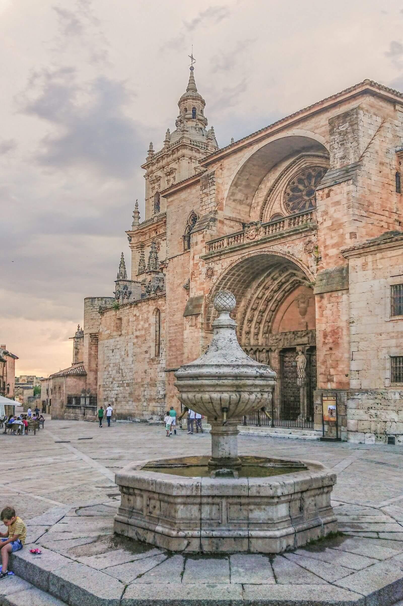Vuelta a España 2021 Catedral de El Burgo de Osma, Soria (España)